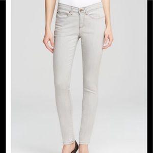 EILEEN FISHER Sunbleached Gray Skinny Jeans 14
